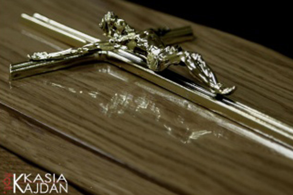 Trumny i urny 22 - Zakład Pogrzebowy Anioł
